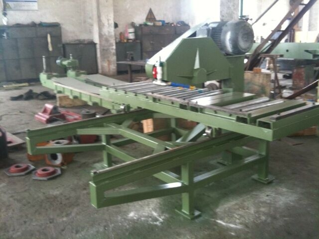 SF600型手拉切机工厂组装中